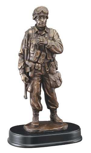 "Soldier Standing With Binoculars 14""Tall Resin Trophies ..."
